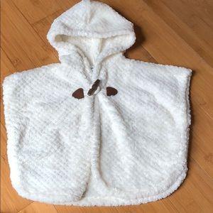 Old Navy faux fur cape 12-18 months white